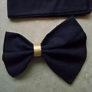 Other - Black Napkins with Gold Holders